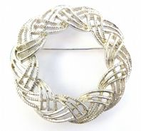 Vintage Sarah Coventry Woven Garland Brooch.